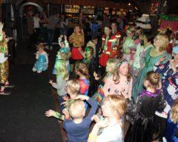 Bekijk de foto's van de kinderdisco & prijsuitreiking