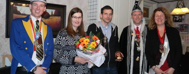 Wisselbeker van Verdienste voor Ruud en Saskia Haller
