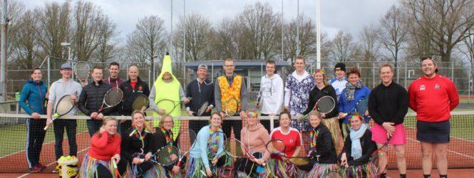 Foto's Fris & Fruitig bij Tennisvereniging Hoog-Op