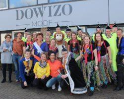 Foto's Verrassingsbezoek aan nieuwe winkel van Dowizo Mode