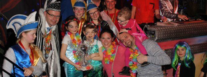 Foto's kindermiddag en Prijsuitreiking bij VOL